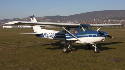 HA-IGS - Cessna 152 - Private