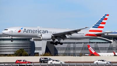 N751AN - Boeing 777-223(ER) - American Airlines