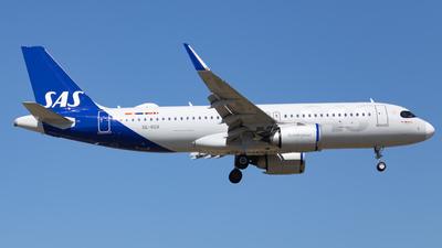 A picture of SEROX - Airbus A320251N - SAS - © Lorenzo Bottaro