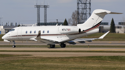 N747QS - Bombardier BD-100-1A10 Challenger 350 - NetJets Aviation