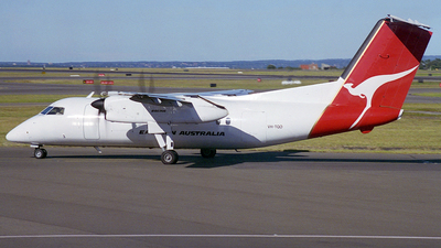VH-TQO - Bombardier Dash 8-102 - Eastern Australia Airlines