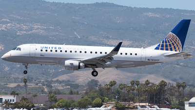 N120SY - Embraer 170-200LR - United Express (SkyWest Airlines)