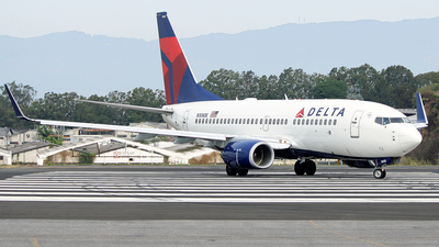 N308DE - Boeing 737-732 - Delta Air Lines