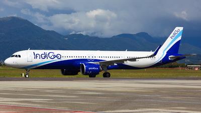 VT-IUV - Airbus A321-271NX - IndiGo Airlines