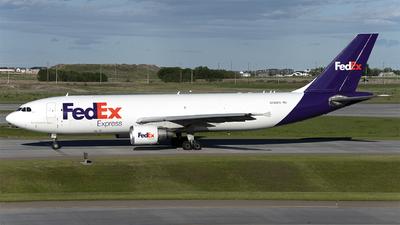 A picture of N750FD - Airbus A300B4622R(F) - [555] - © Kurt Kolb