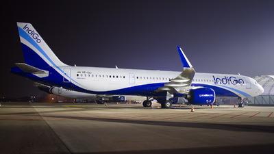 VT-IUJ - Airbus A321-271NX - IndiGo Airlines