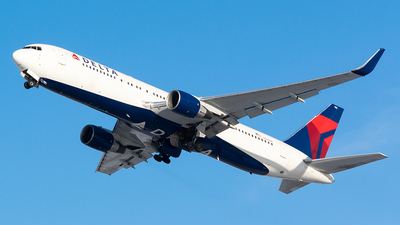 A picture of N195DN - Boeing 767332(ER) - Delta Air Lines - © John Newsome