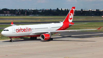 D-ABXF - Airbus A330-223 - Air Berlin