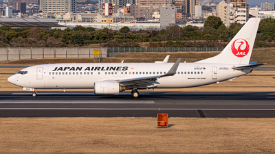 JA336J - Boeing 737-846 - Japan Airlines (JAL)