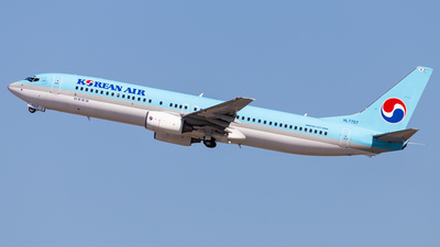 HL7707 - Boeing 737-9B5 - Korean Air