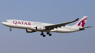 A7-AEE - Airbus A330-302 - Qatar Airways