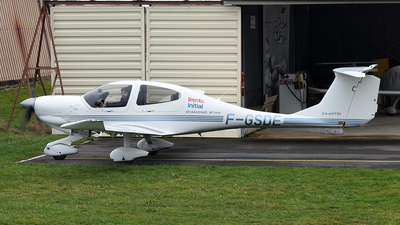 F-GSDE - Diamond DA-40D Diamond Star TDI - Private