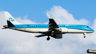 A picture of PHEZD - Embraer E190STD - KLM - © Teemu Pesonen