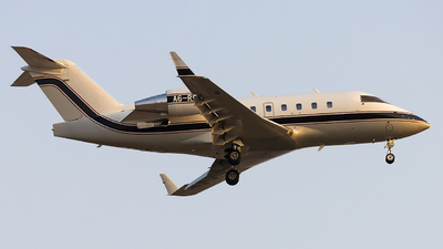 A picture of A6RDJ - Bombardier Challenger 604 - [5574] - © M. Umar Aziz