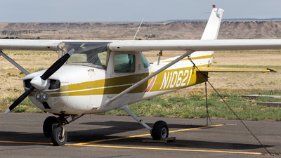 N10621 - Cessna 150L - Private