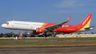 VN-A683 - Airbus A321-211 - VietJet Air