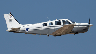 324 - Beechcraft A36 Chofit - Israel - Air Force