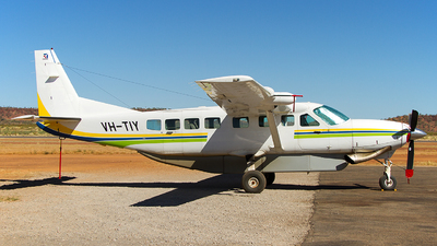 VH-TIY - Cessna 208B Grand Caravan - Private