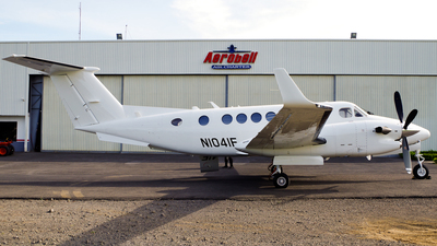 N1041F - Beechcraft B300 King Air 350 - Private