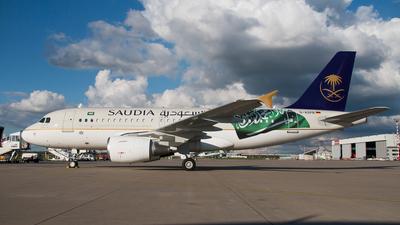 D-ASPB - Airbus A319-112 - Saudi Arabian Airlines (Privatair)