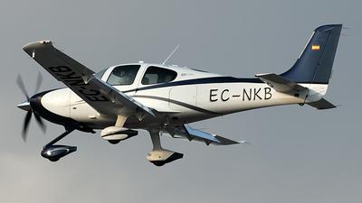 EC-NKB - Cirrus SR22T-GTS - Private