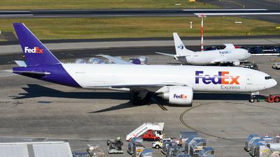 A picture of N868FD - Boeing 777FS2 - FedEx - © JKKW