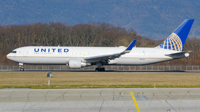 A picture of N672UA - Boeing 767322(ER) - United Airlines - © Stefan Gschwind