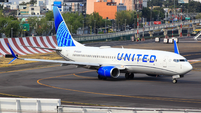 A picture of N33264 - Boeing 737824 - United Airlines - © Chárbel Sandoval