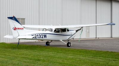 N2132W - Cessna 172S Skyhawk SP - Lanier Flight Center