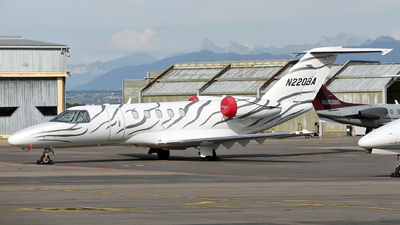 N220BA - Cessna 525C CitationJet 4 - Private
