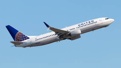 A picture of N76533 - Boeing 737824 - United Airlines - © Oliver Richter