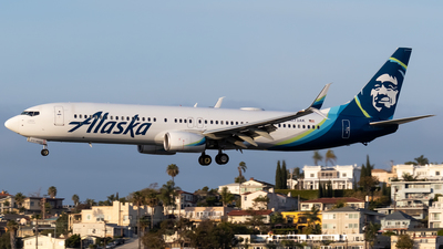A picture of N273AK - Boeing 737990(ER) - Alaska Airlines - © Ricky Teteris