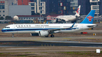B-30E5 - Airbus A321-253NX - China Southern Airlines