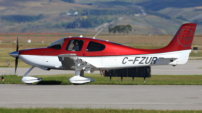 C-FZUR - Cirrus SR22-GTS Turbo - Private