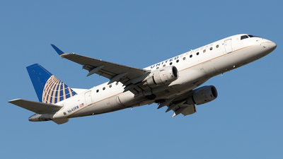 A picture of N640RW - Embraer E170SE - United Airlines - © Yixin Chen