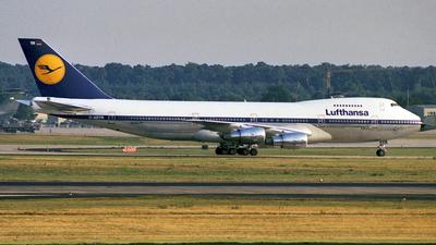 D-ABYR - Boeing 747-230B(M) - Lufthansa