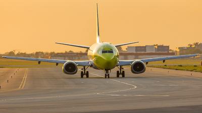 EI-DUS - Boeing 737-3M8(QC) - Mistral Air
