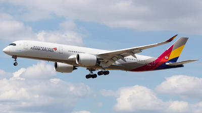 A picture of HL8359 - Airbus A350941 - Asiana Airlines - © Michal Furmanczak