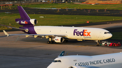 A picture of N525FE - McDonnell Douglas MD11F - FedEx - © Mark H