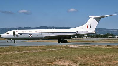 XV108 - Vickers VC-10 C.1K - United Kingdom - Royal Air Force (RAF)