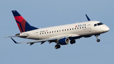 A picture of N868RW - Embraer E170SU - Delta Air Lines - © Zavier Cordova