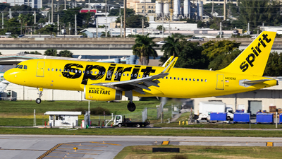 A picture of N690NK - Airbus A320232 - Spirit Airlines - © Centex Spotter
