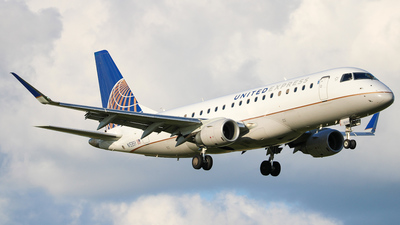 A picture of N153SY - Embraer E175LR - United Airlines - © Aj Riccobono-parkflyersportpilot