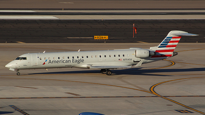 N754SK - Bombardier CRJ-701ER - American Eagle (SkyWest Airlines)