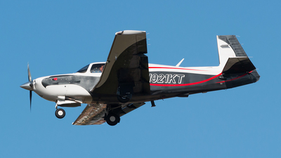 N921KT - Mooney M20R Ovation - Private