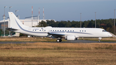D-AWOW - Embraer 190 Lineage 1000 - Air Hamburg