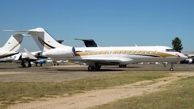 ZS-OAK - Bombardier BD-700-1A10 Global 6000 - Private