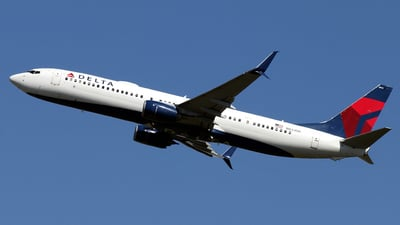 A picture of N833DN - Boeing 737932(ER) - Delta Air Lines - © La Roche Spotters