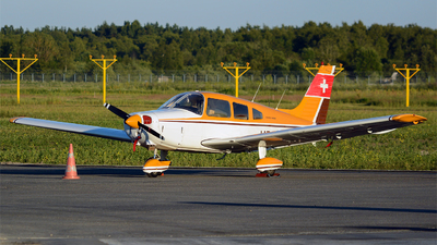 HB-OQG - Piper PA-28-151 Cherokee Warrior - Private