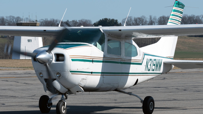 N319MM - Cessna 210L Centurion - Private